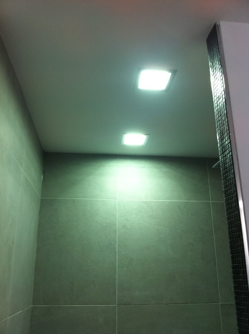 Luminaire douche italienne perfect fabulous simple imgjpg with luminaire douche italienne with for Eclairage douche italienne