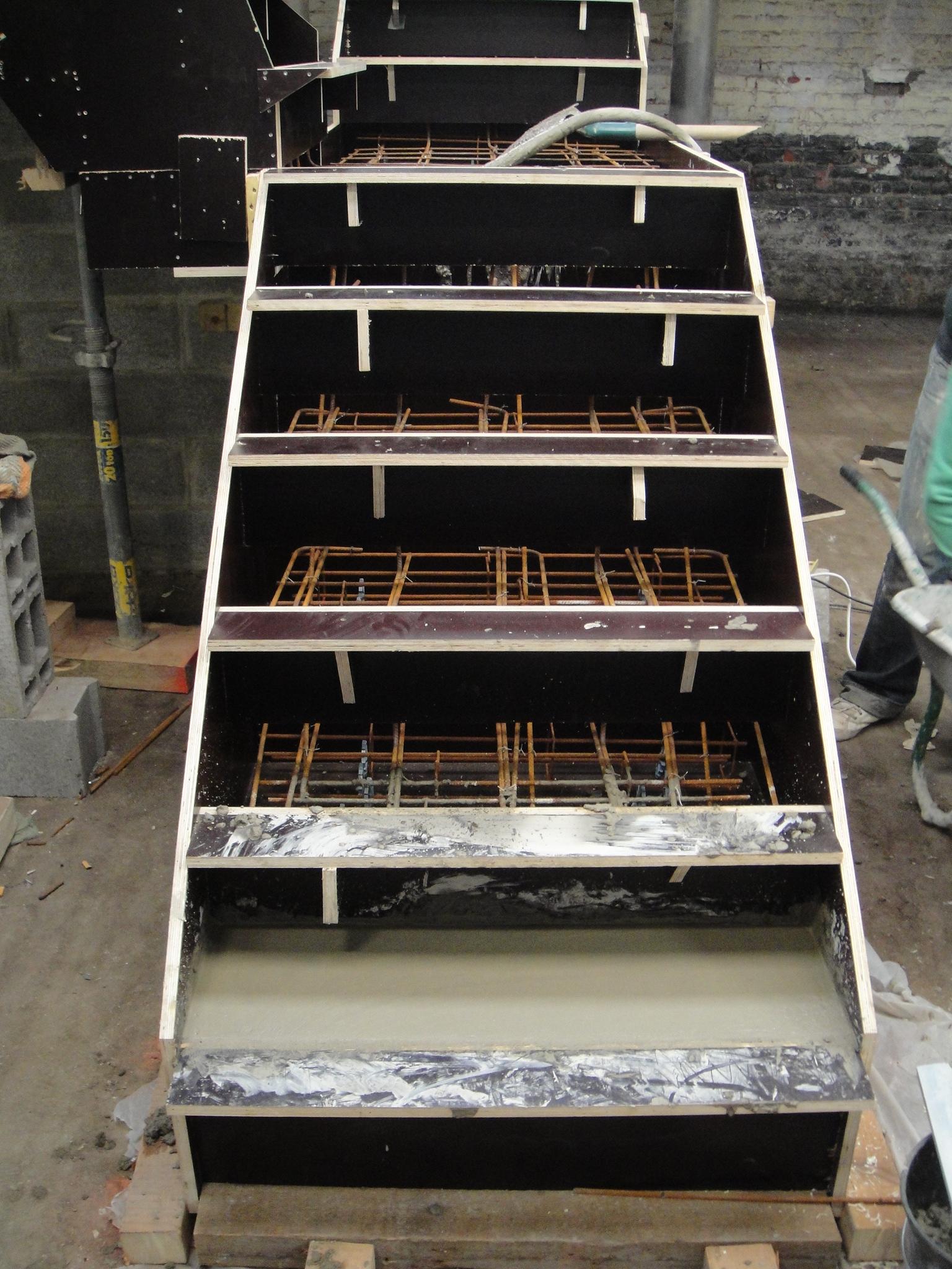 coulage de l 39 escalier. Black Bedroom Furniture Sets. Home Design Ideas